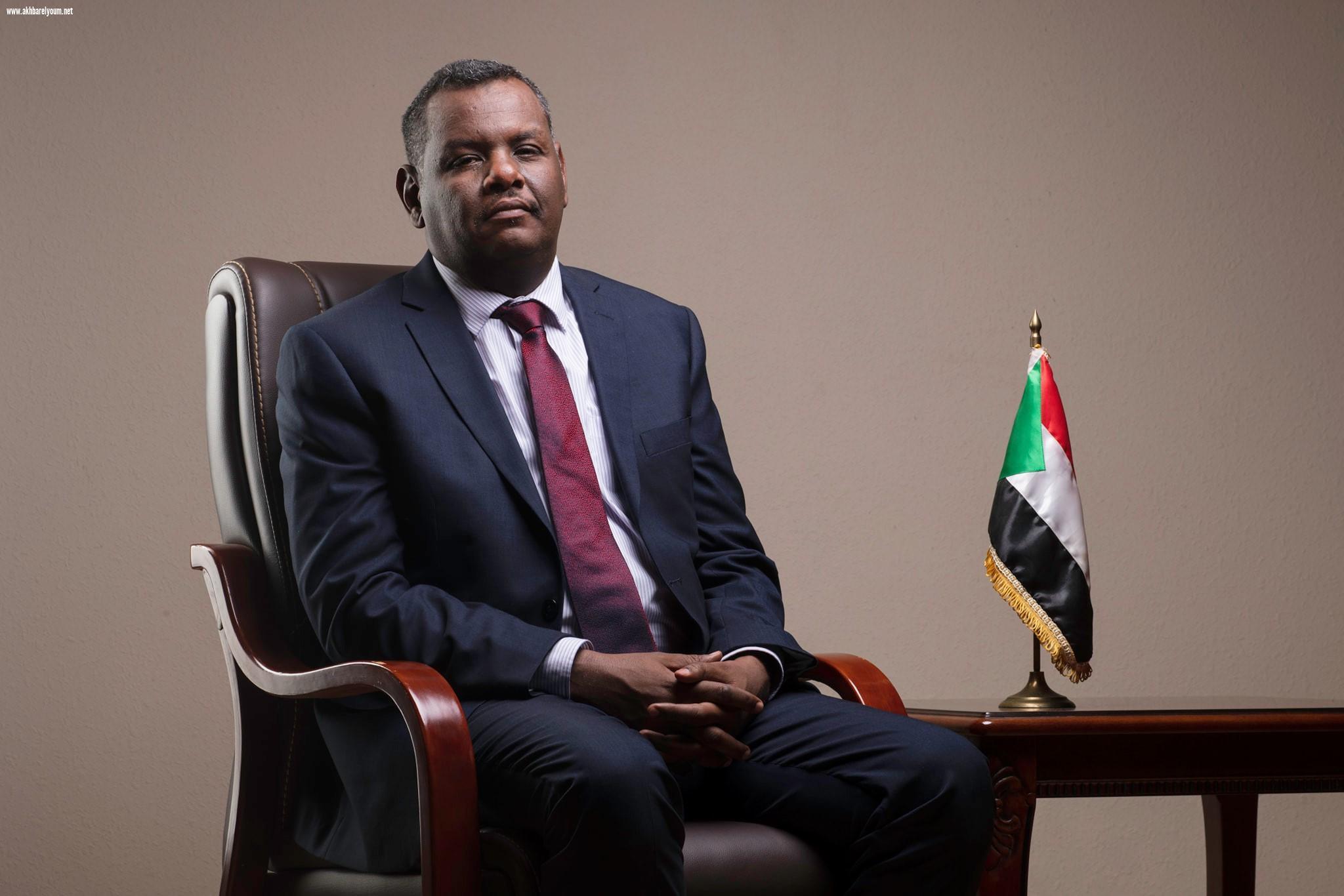 وزير التجارة السودانى يؤكد التأثير السلبى للنظام السابق على الاقتصاد
