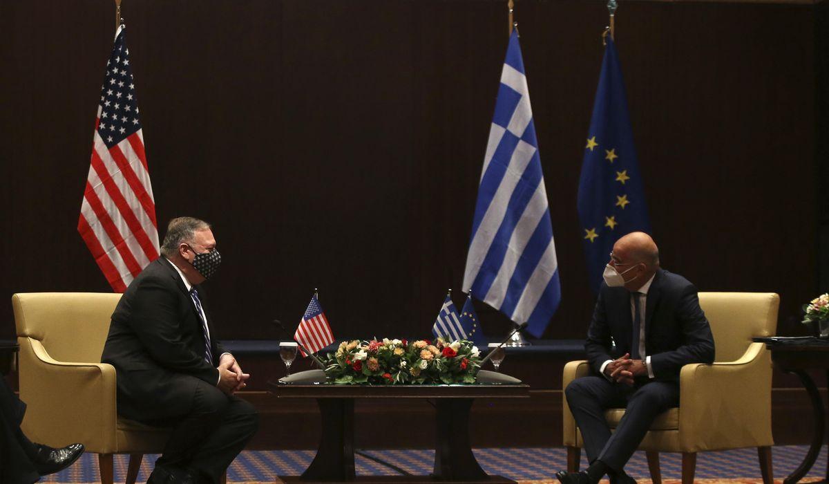 بومبيو يجتمع بنظيره اليونانى لبحث التوتر فى شرق البحر المتوسط