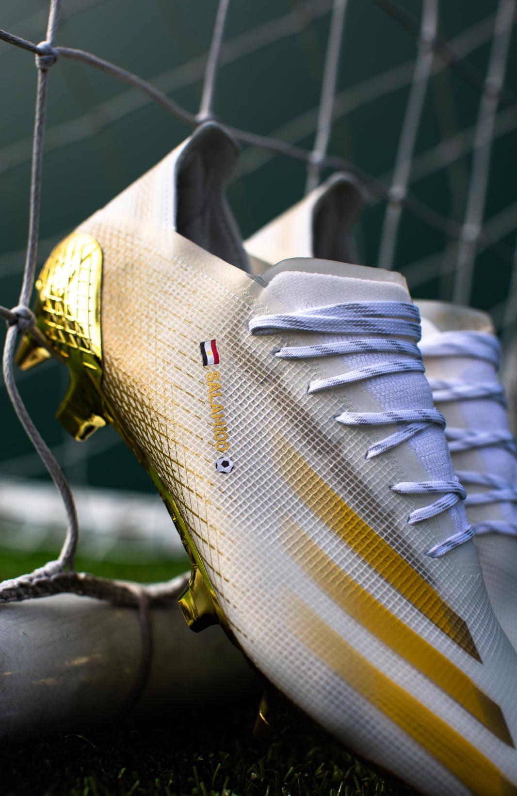 حذاء صلاح الجديد-6