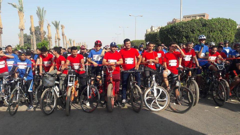 صور | وزير الرياضة يطلق مهرجان الدراجات بمشاركة ٢٠ الف شاب في محافظات الجمهورية