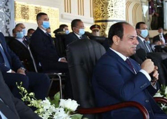 الرئيس السيسي : قوة الجيش عظيمة وقادرة على حماية أرض مصر