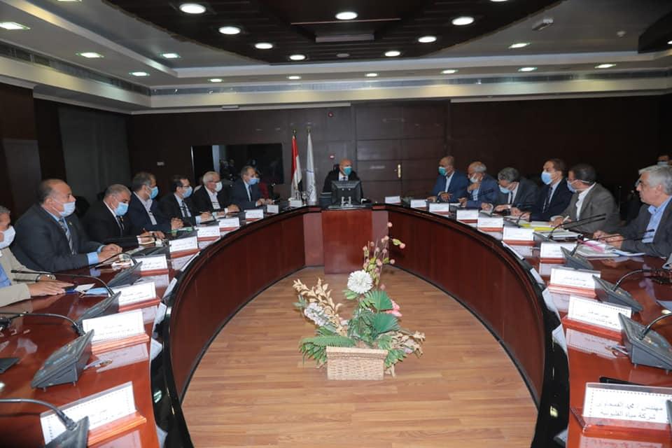 صور | وزير النقل يترأس اجتماع «المرافق المتعارضة» مع تطوير الدائري