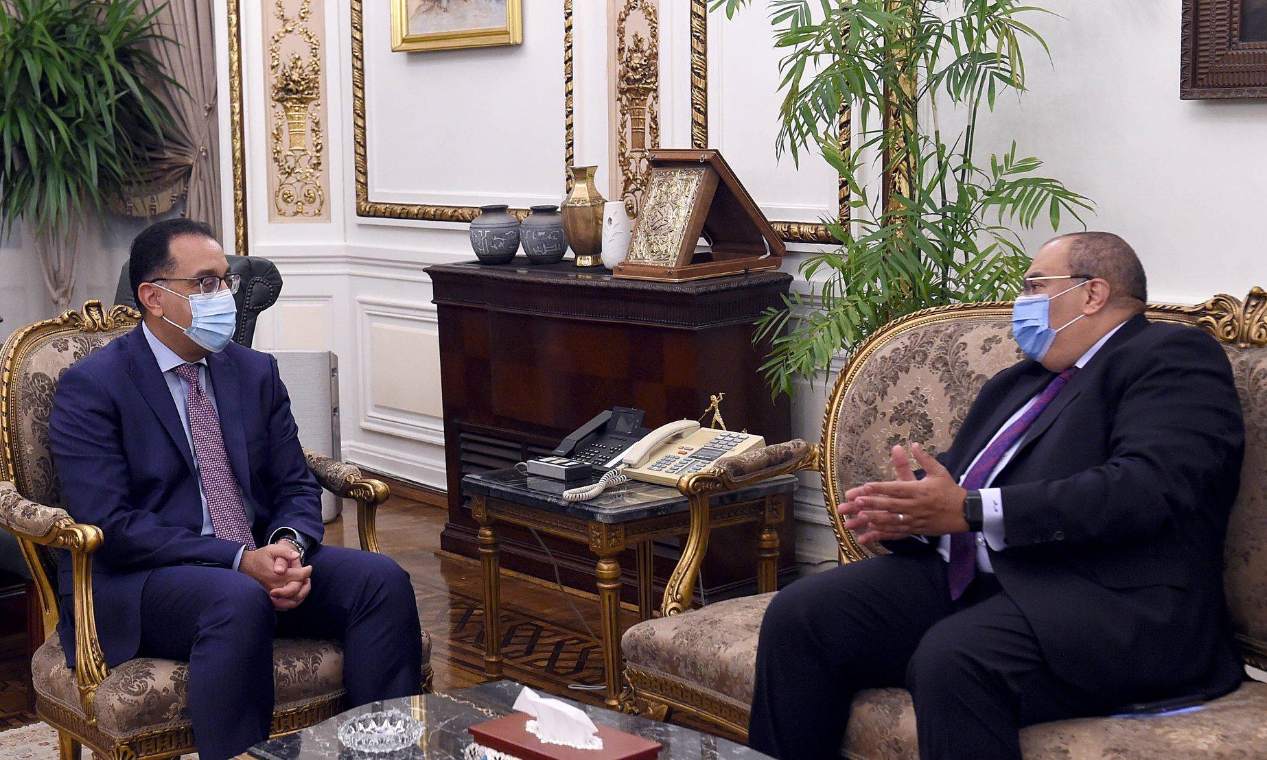 رئيس الوزراء يلتقي الدكتور محمود محيي الدين المدير التنفيذي بصندوق النقد