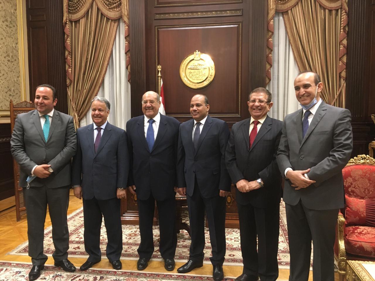 صور   رئيس مجلس الشيوخ يستقبل وفد الوحدة الاقتصادية العربية 