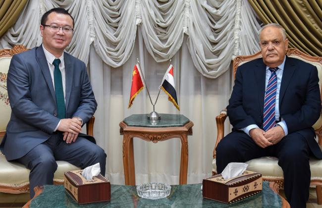 رئيس العربية للتصنيع يبحث معشركة هواوي سبلتوطين التكنولوجيا في التحول الرقمي