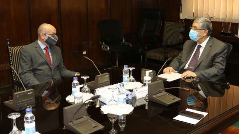 وزير الكهرباء يستقبل سفير قبرص لبحث الربط الكهربائي
