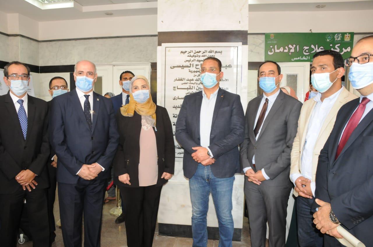 """القباج والأنصاري يفتتحان مركزا لعلاج الإدمان ومدرسة""""روتاري مصر""""بالفيوم"""