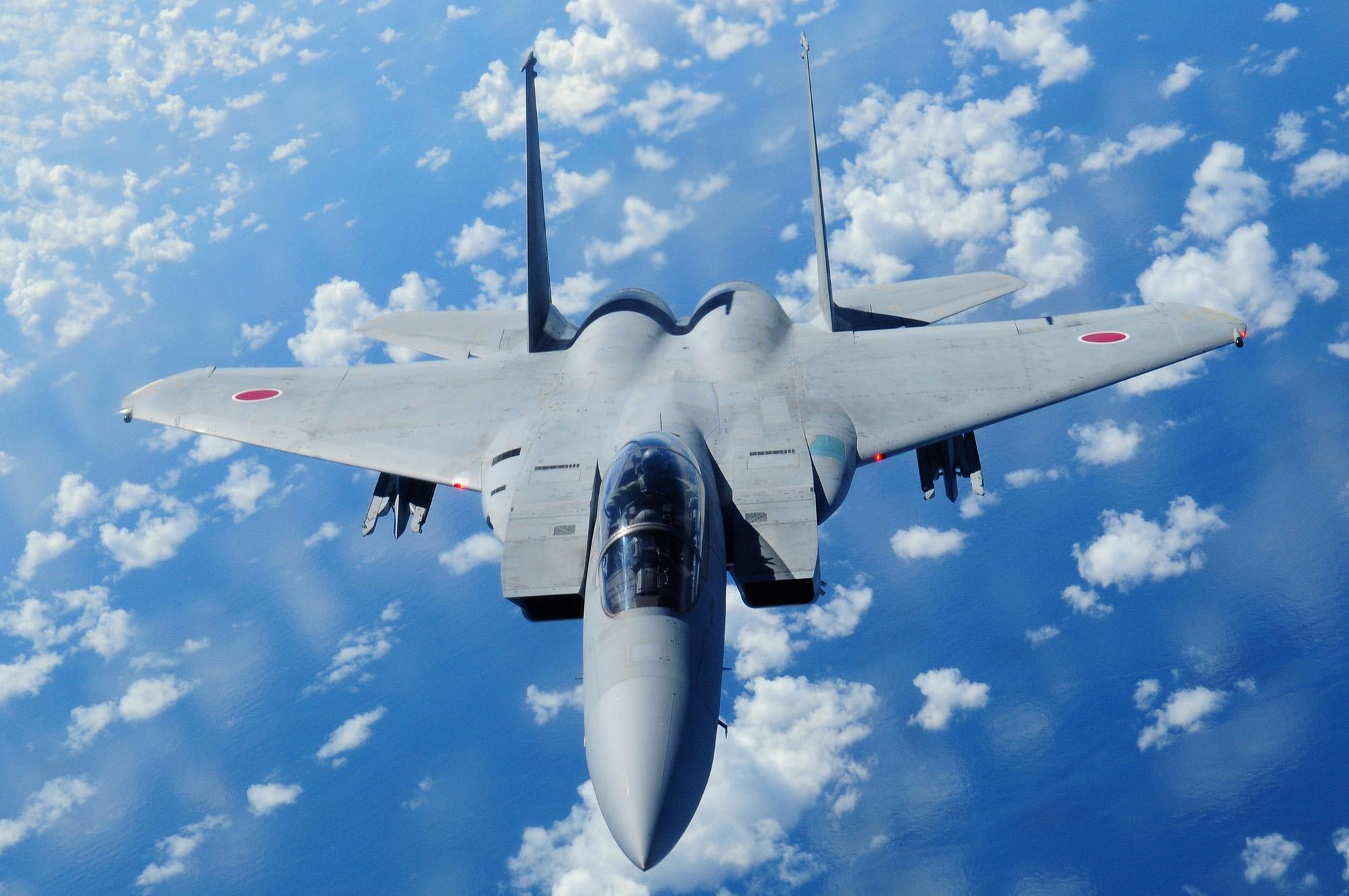 اليابان تدرس إدخال مقاتلات بدون طيار لخفض تكلفة التطوير العسكرى