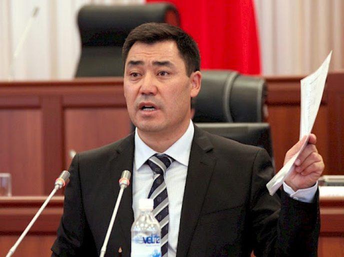 رئيس وزراء قيرغيزستان يضع خطة لاستقرار الأوضاع في البلاد