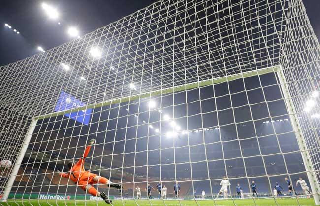 ريال مدريد يتقدم على إنتر الإيطالي بهدف نظيف في الشوط الأول