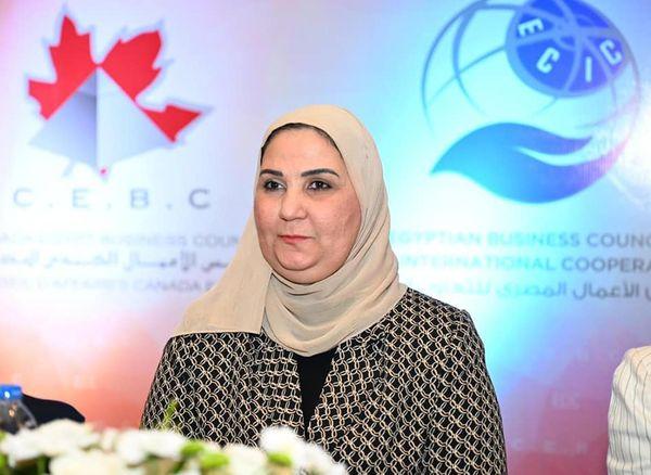 صور | وزيرة التضامن الاجتماعي : ملف الحماية الاجتماعية يحظى باهتمام من القيادة السياسية