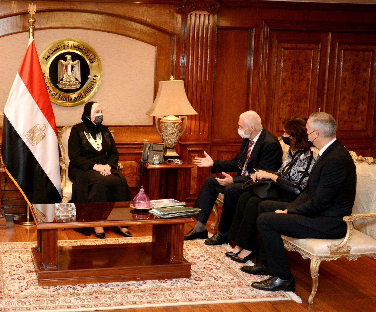 وزيرة الصناعة : حريصون على جذب الشركات الألمانية للاستثمار في السوق المصرية