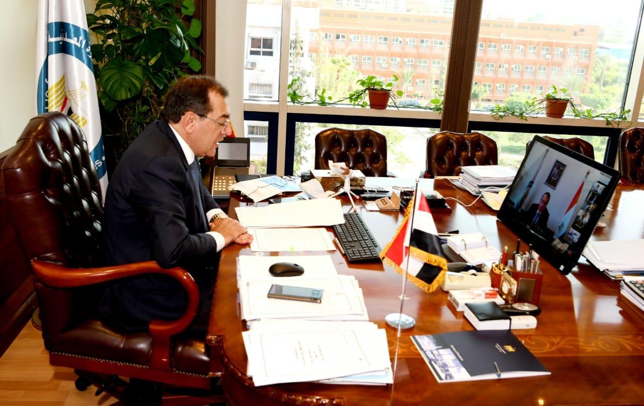 وزير البترول : استراتيجية الإصلاح الاقتصادي وضعت مصر على الطريق الصحيح