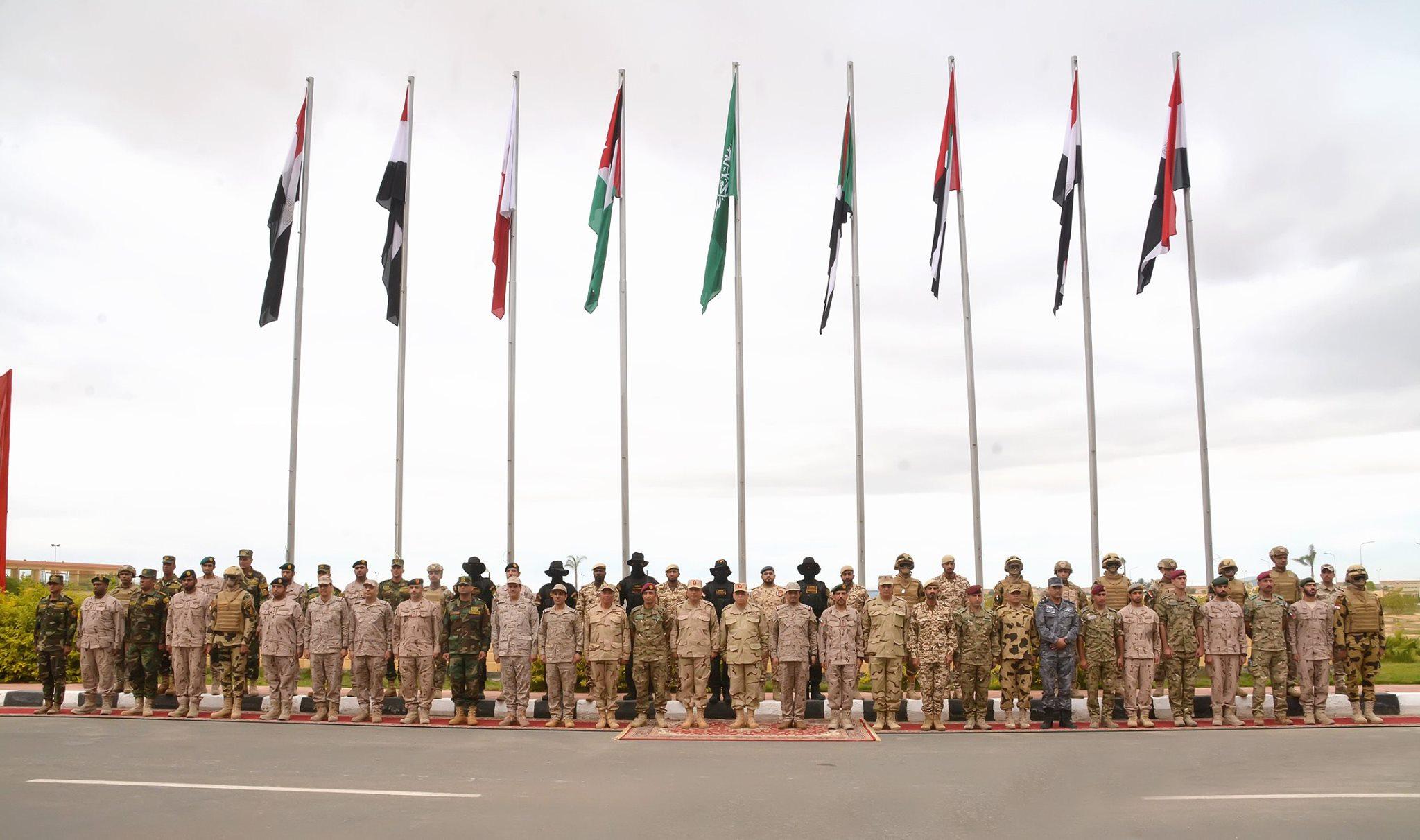 صور | إنطلاق فعاليات التدريب المشترك «سيف العرب» بقاعدة محمد نجيب العسكرية