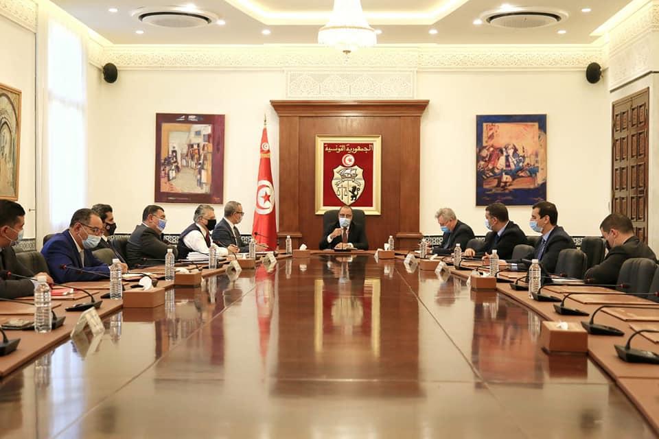 رئيس الوزراء التونسى يعلن انطلاق الحوار الاقتصادى والاجتماعى حول مخطط التنمية