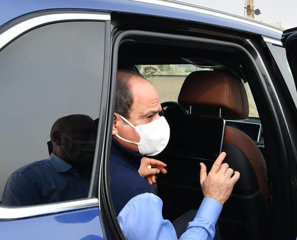 تفقد الرئيس السيسي مواقع مشروعات تطوير شبكة الطرق والمرافق يتصدر اهتمامات الصحف