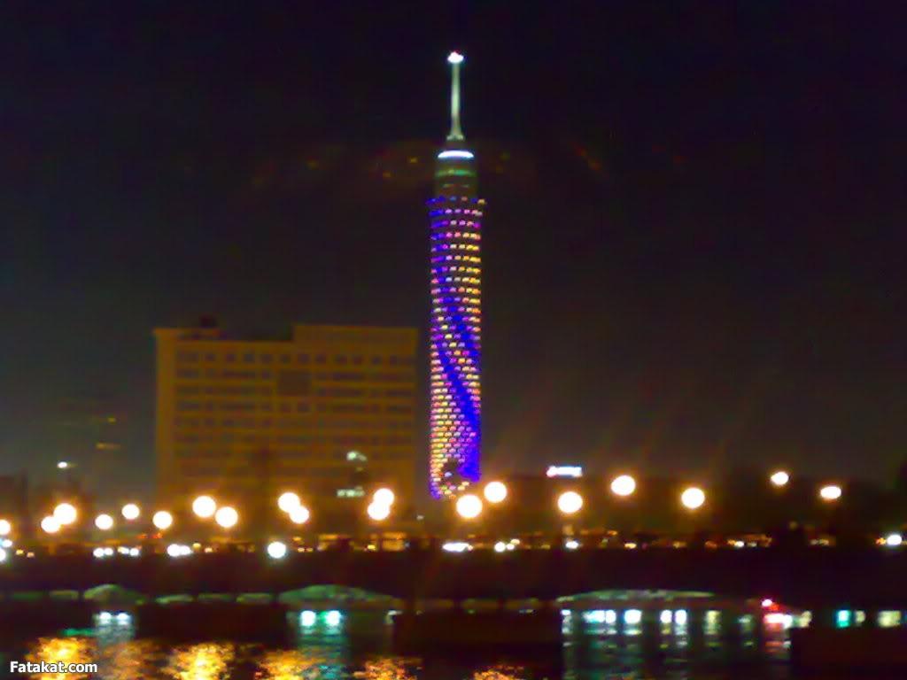 """برج القاهرة يضىء برسالة """"مصر أولاً لا للتعصب"""" غداً"""