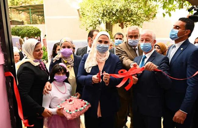 صور   وزيرة التضامن تفتتح المرحلة الأولى من تطوير مؤسسة التثقيف الفكرى للفتيات بحلوان