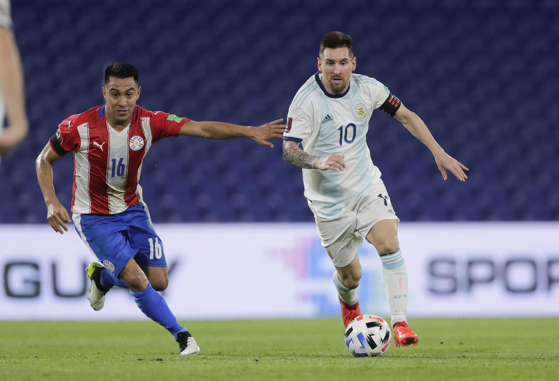 الأرجنتين تتعادل مع باراجواي بهدف لكل منهما في تصفيات كأس العالم