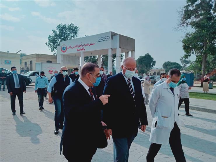 صور | محافظ القاهرة يتفقد مستشفى حميات العباسية والصدر