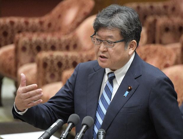 وزير التعليم الياباني: لا نعتزم إغلاق المدارس رغم الارتفاع القياسي في إصابة كورونا