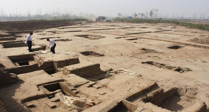 اكتشاف مقبرة عمرها نحو 1400 عام شمالى الصين