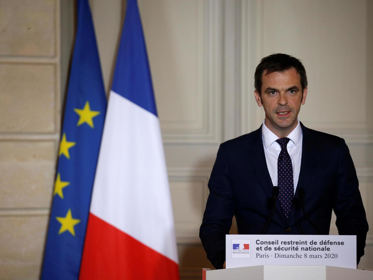 وزير الصحة الفرنسى : من الصعب إقامة احتفالات عيد الميلاد هذا العام