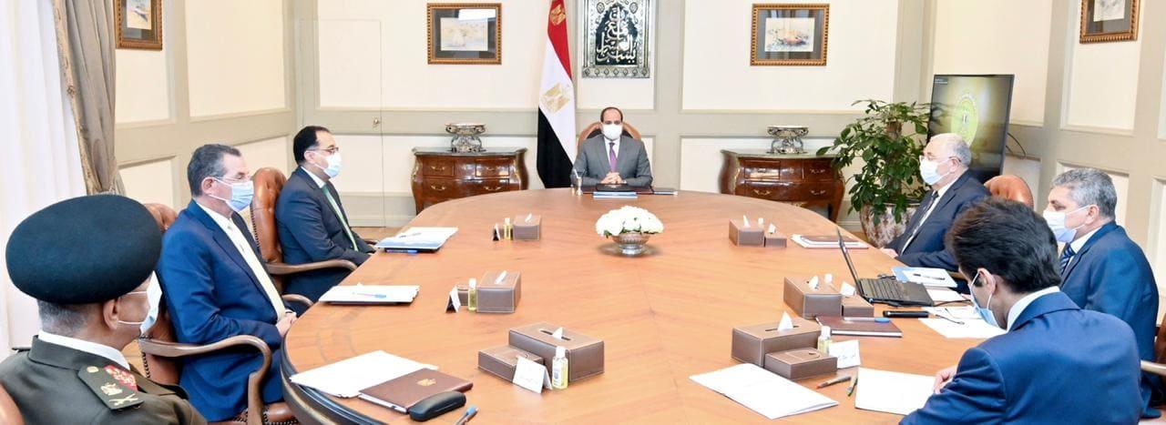 الرئيس السيسي يستعرض مخطط مشروعات المزارع السمكية بالتعاون مع الخبرة الأجنبية