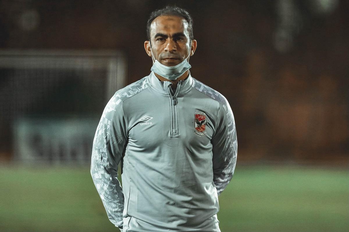 عبدالحفيظ يعلن سلبية المسحة الطبية للاعبي الأهلي 