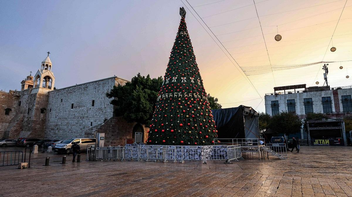 شجرة عيد الميلاد-2
