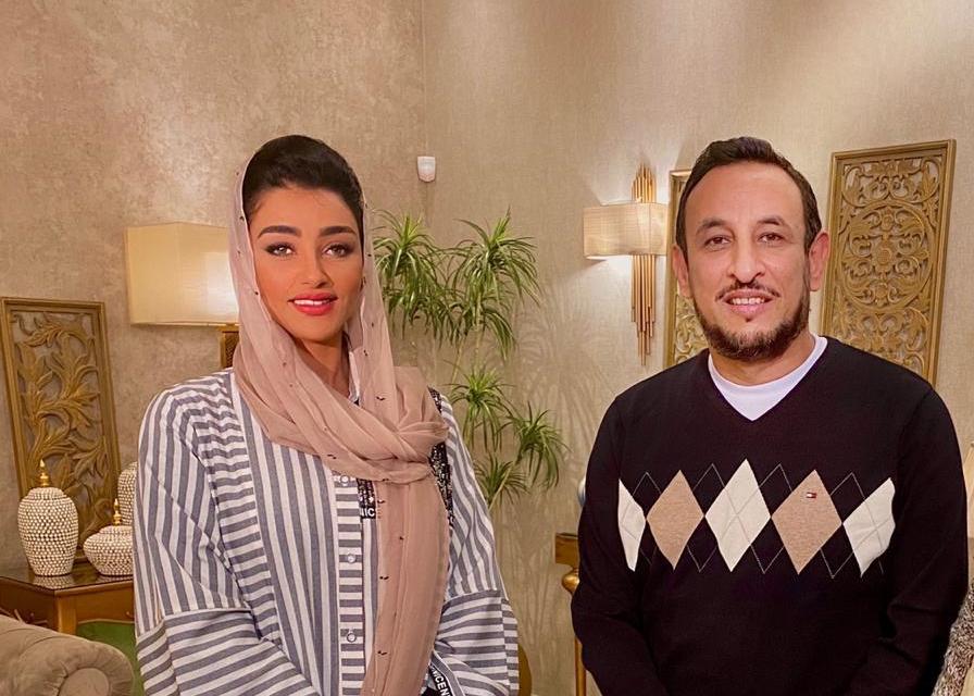 """هبة الأباصيري تحاور غدًا رمضان عبد المعز فى """"It's Show time"""" على cbc"""