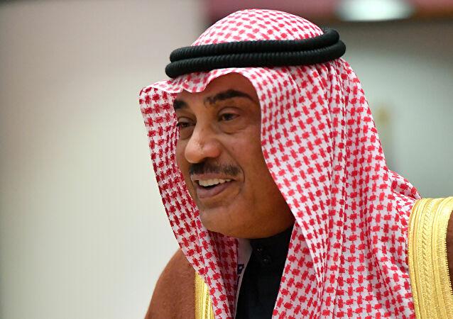 رئيس الوزراء الكويتي يعلن بدء حملة التطعيم ضد كورونا المستجد