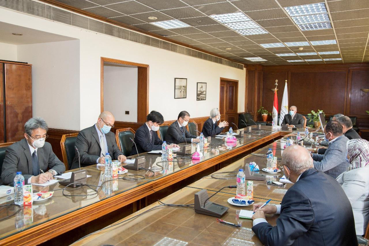 صور | وزير الري يبحث مع السفير الياباني التعاون في مجال الموارد المائية