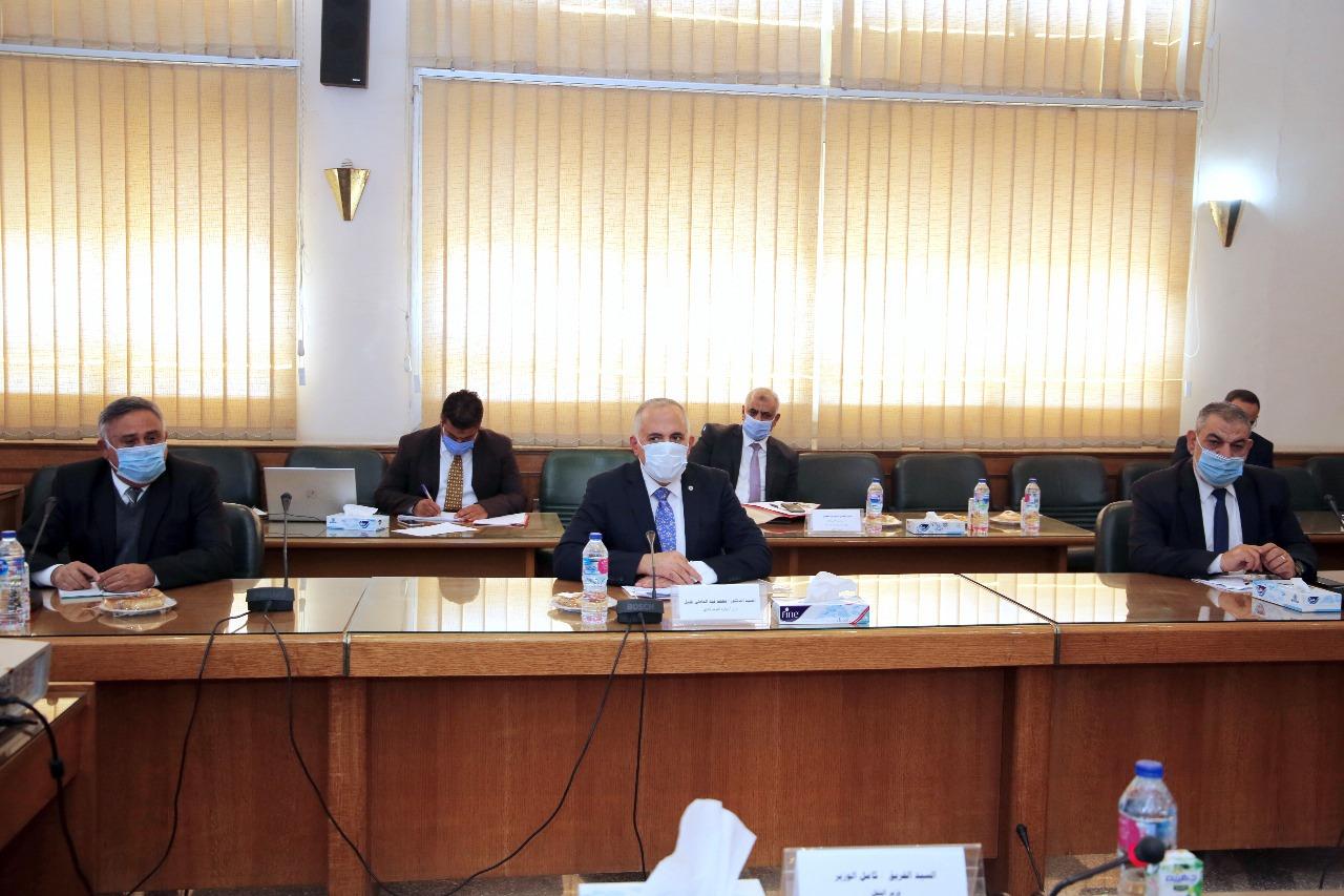 صور   وزيرا الري والنقل يبحثان موقف المشروعات المشتركة بين الوزارتين