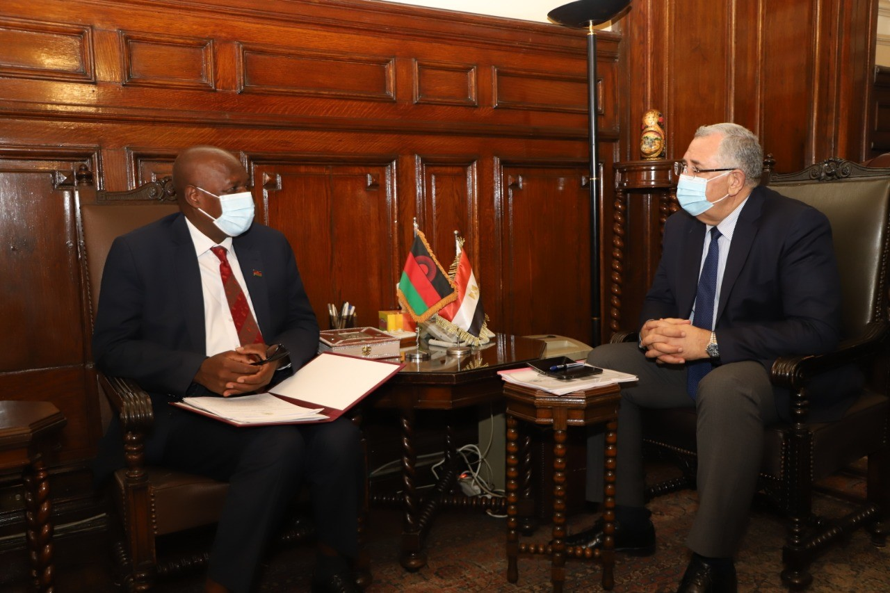 صور | وزير الزراعة يبحث مع نظيره المالاوي تدعيم التعاون الزراعي بين البلدين