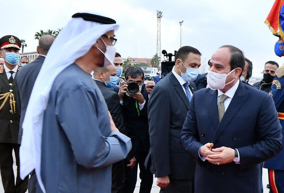 الرئيس السيسي يودع ولي عهد ابوظبي في ختام زيارته لمصر
