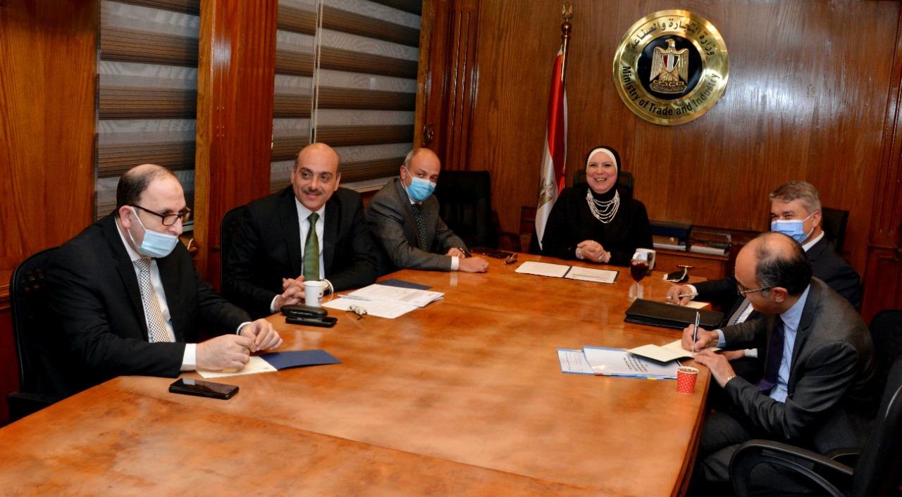 صور | وزراء التجارة بمصر والأردن والعراق يتفقون على خطوات عملية لبدء التكامل التجاري المشترك