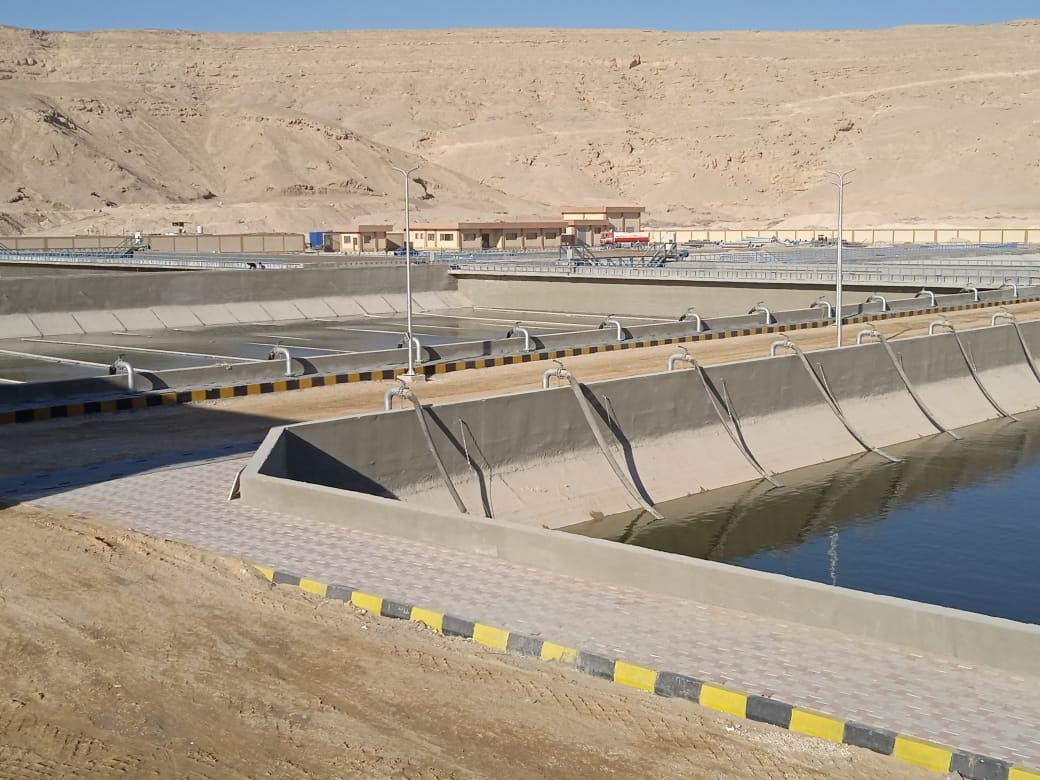 صور | بدء التشغيل التجريبى لمحطة معالجة الصرف الصحى بساقلتة لخدمة ٤٥٠ ألف نسمة بسوهاج