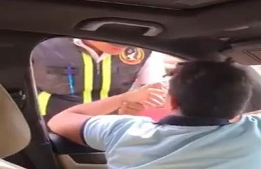 النيابة العامة: إحالة الطفل المتعدي على فرد شرطة وآخرين للمحاكمة