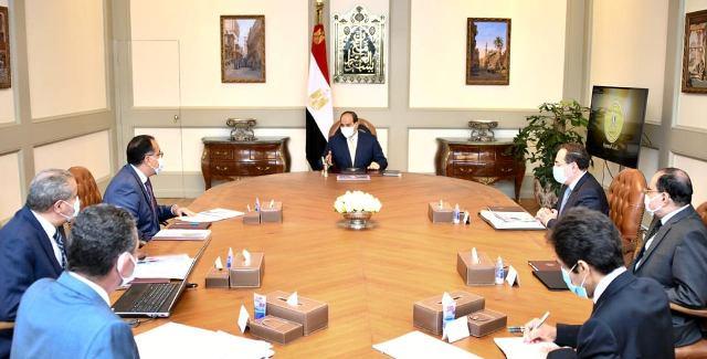 الرئيس السيسي يستعرض مخطط مدينة الذهب