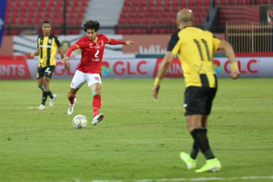 صور| الأهلي يستعيد صدارة الدوري الممتاز بالفوز على المقاولون العرب