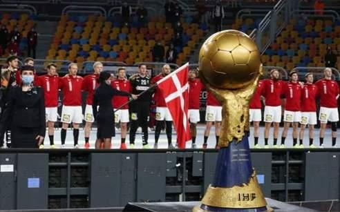 الدنمارك بعد الفوز على السويد 26 ـ 24 بطلا لكأس العالم لكرة اليد مصر 2021