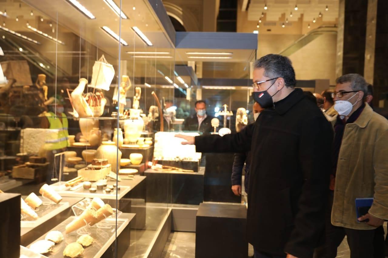 تفقد متحف عواصم مصر-5