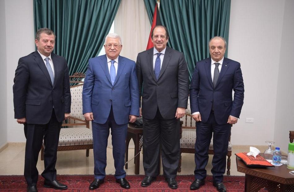 رئيس المخابرات ينقل رسالة من الرئيس السيسي لـ محمود عباس