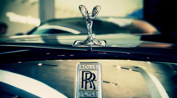 صور| رولز رويس تستعد لاطلاق سايلنت شادو.. أول سيارة كهربائية بالكامل