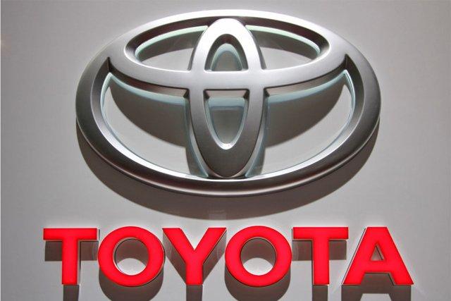 تويوتا تعتزم بدء بيع سيارات كهربائية في أمريكا خلال العام الحالي