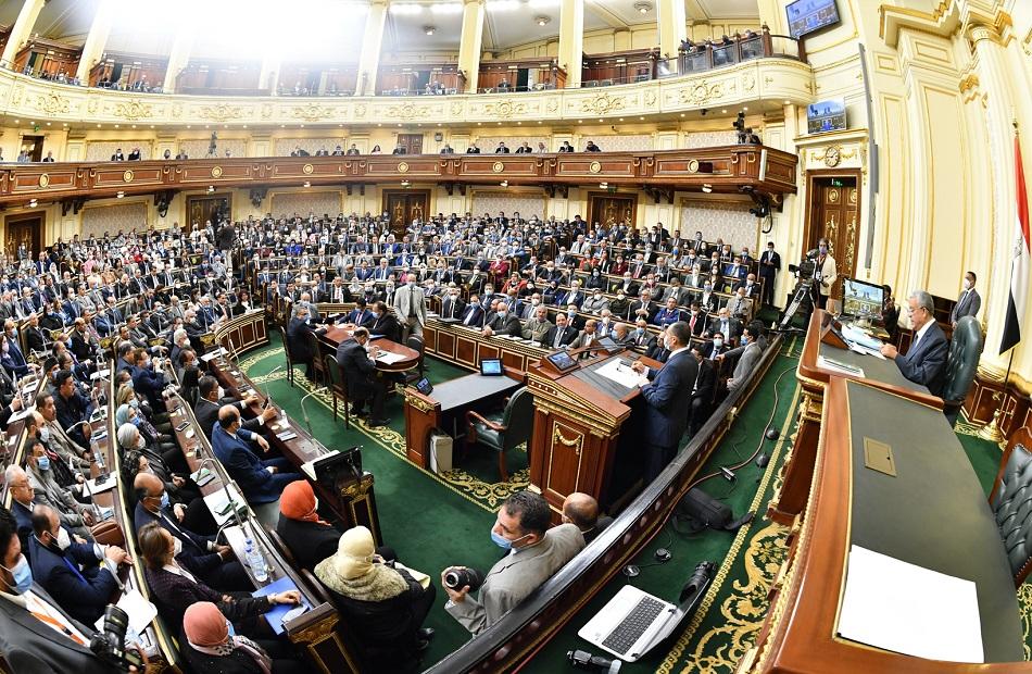النواب يوافقون على تفويض رئيس المجلس بإحالة مشروعات القوانين المكملة للدستور للشيوخ