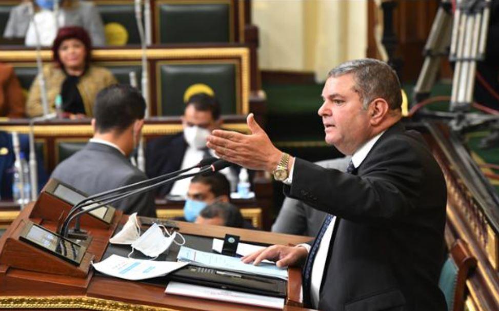 هجوم على وزير قطاع الأعمال من النواب بسبب شركة الحديد والصلب