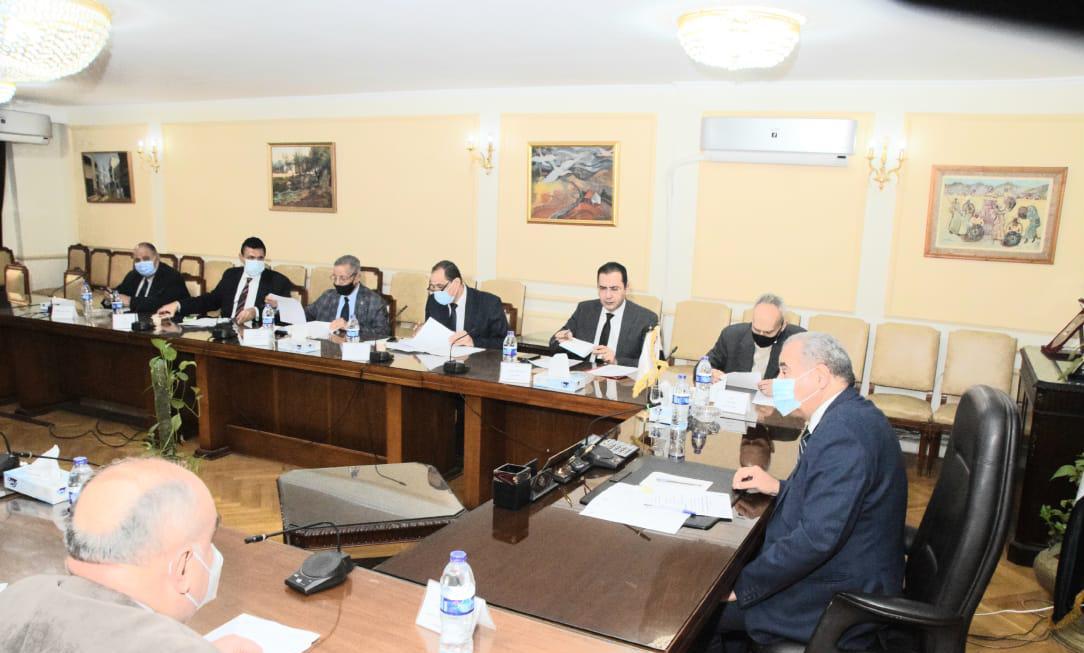 صور | وزير التموين : مصر قادرة على التواجد في سوق السكر العالمي