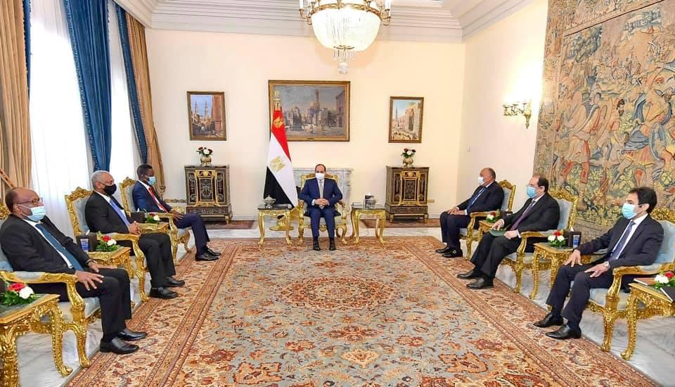 تصريحات الرئيس السيسي بشأن ثبات موقف مصر تجاه السودان تتصدر اهتمامات الصحف